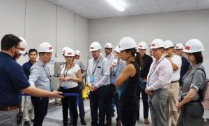 Apparel Summit of the Americas 2018 attendees had the opportunity to tour the new UXTEXA facility and learn about the plant's capabilities.